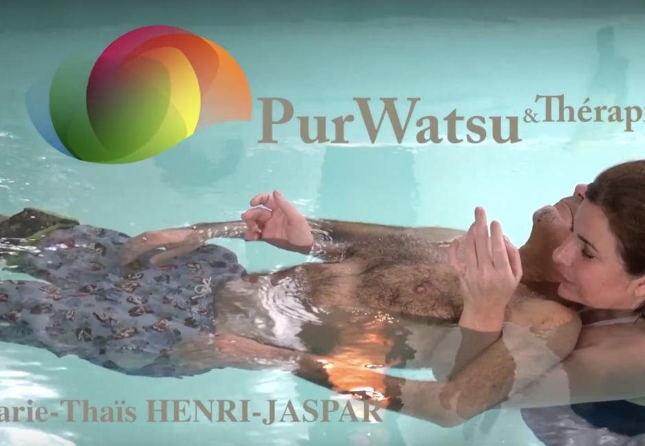 Relaxation garantie avec Marie-Thaïs Henri-Jaspar. Le Watsu testé pour vous !