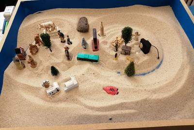 Comment être rassuré sur l'état émotionnel de mon enfant grâce à la thérapie du jeu de sable ?