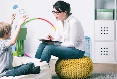 La psychothérapie par le jeu auprès de l'enfant