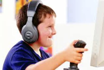 Internet et les jeux vidéo, incompatibles avec l'école ?