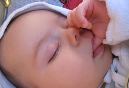 Notre bébé prend beaucoup de place au sein de notre vie