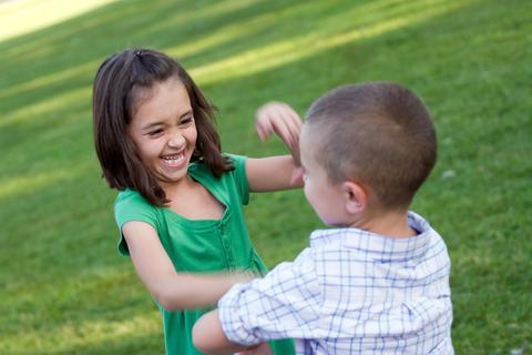 La cohabitation pendant les vacances avec les enfants d'amis, c'est pas toujours facile!