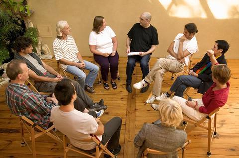 Qu'est-ce qu'un groupe de parole, un groupe d'analyse de la pratique, une supervision ou un coaching ?